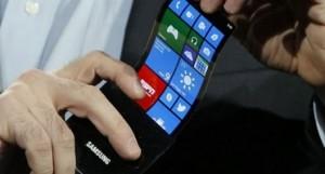 Samsung, LG y Apple van por baterías flexibles